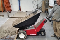 MUV Electric Wheelbarrow electric tip of concrete
