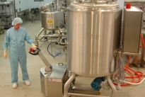 Stainless steel PowerTug in Pharmaceutical manufacturing process